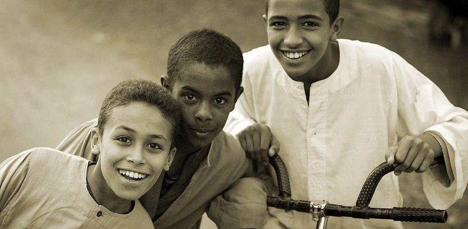 Dbanie o zęby u dzieci to również element edukowania najmłodszych