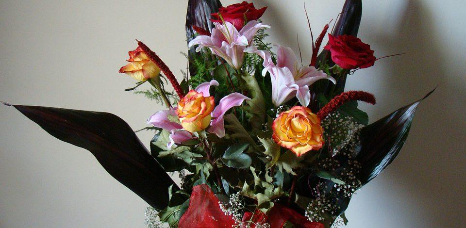 Wysyłanie kwiatów to świetny gest oznajmiający uczucia