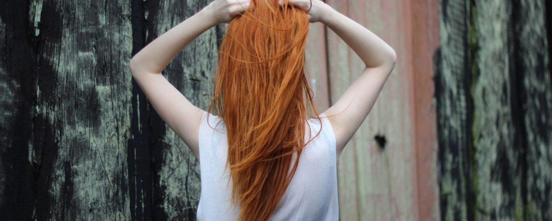Jak wykonać masaż skóry głowy?