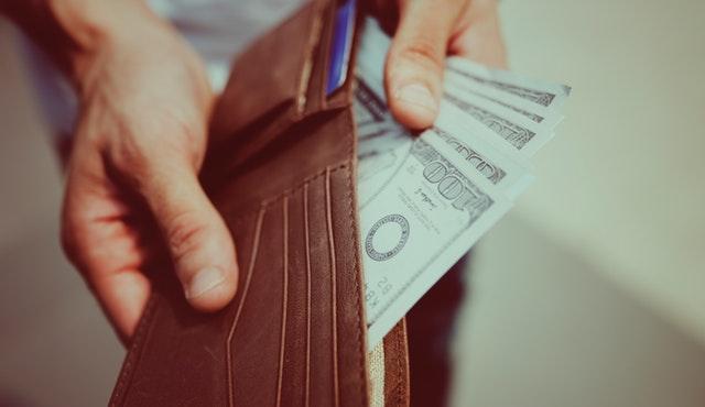 O szybkich pożyczkach udzielanych na dowód