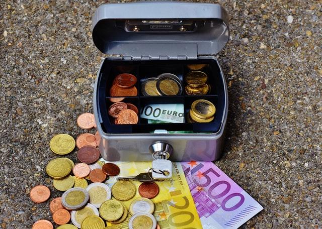 Jak wybrać w banku kredyt?
